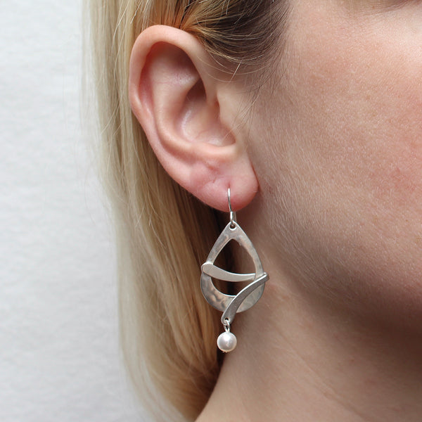 Cutout Teardrop with Folded Curve and White Pearl Wire Earring