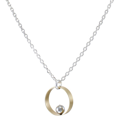 Wide Rim with Grey Pearl Necklace