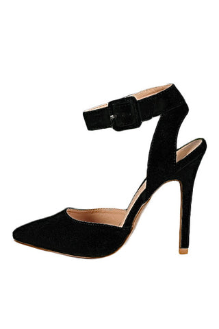 Qupid Potion 62 Pointy Toe Ankle Strap Pump in Black