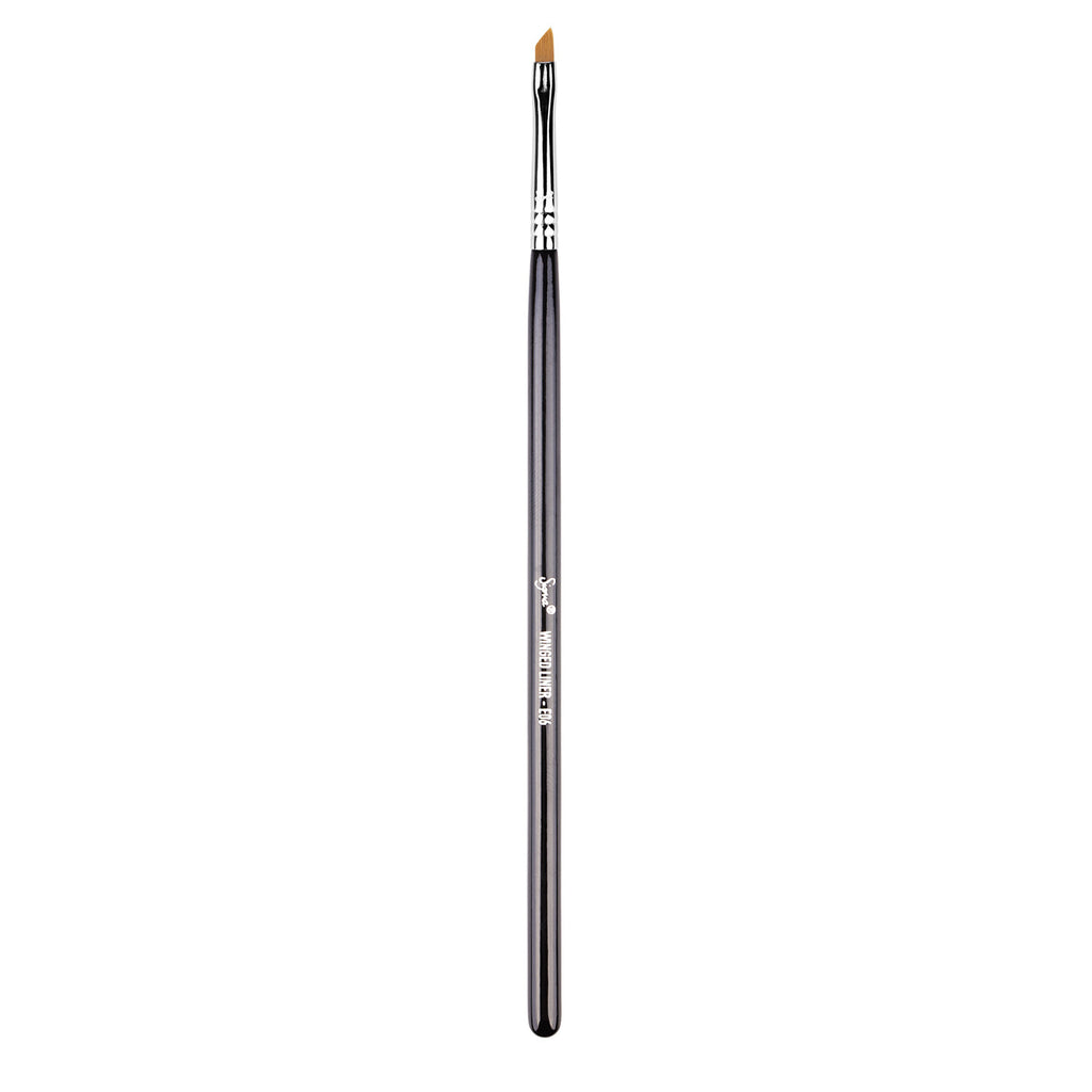 Sigma Beauty - E06 Winged Liner