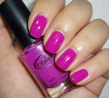 Color Club 'Gimme a Grape Big Kiss'