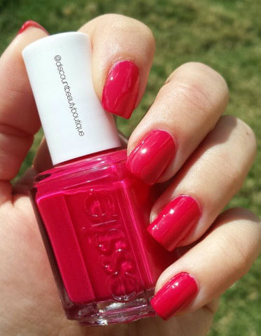 Essie Summer 2014 'Haute in the Heat'