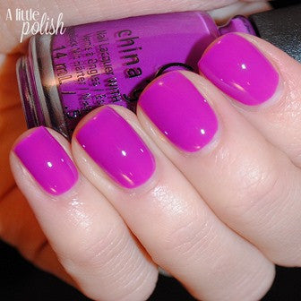 China Glaze 2015 Electric Nights 'Violet-Vibes'