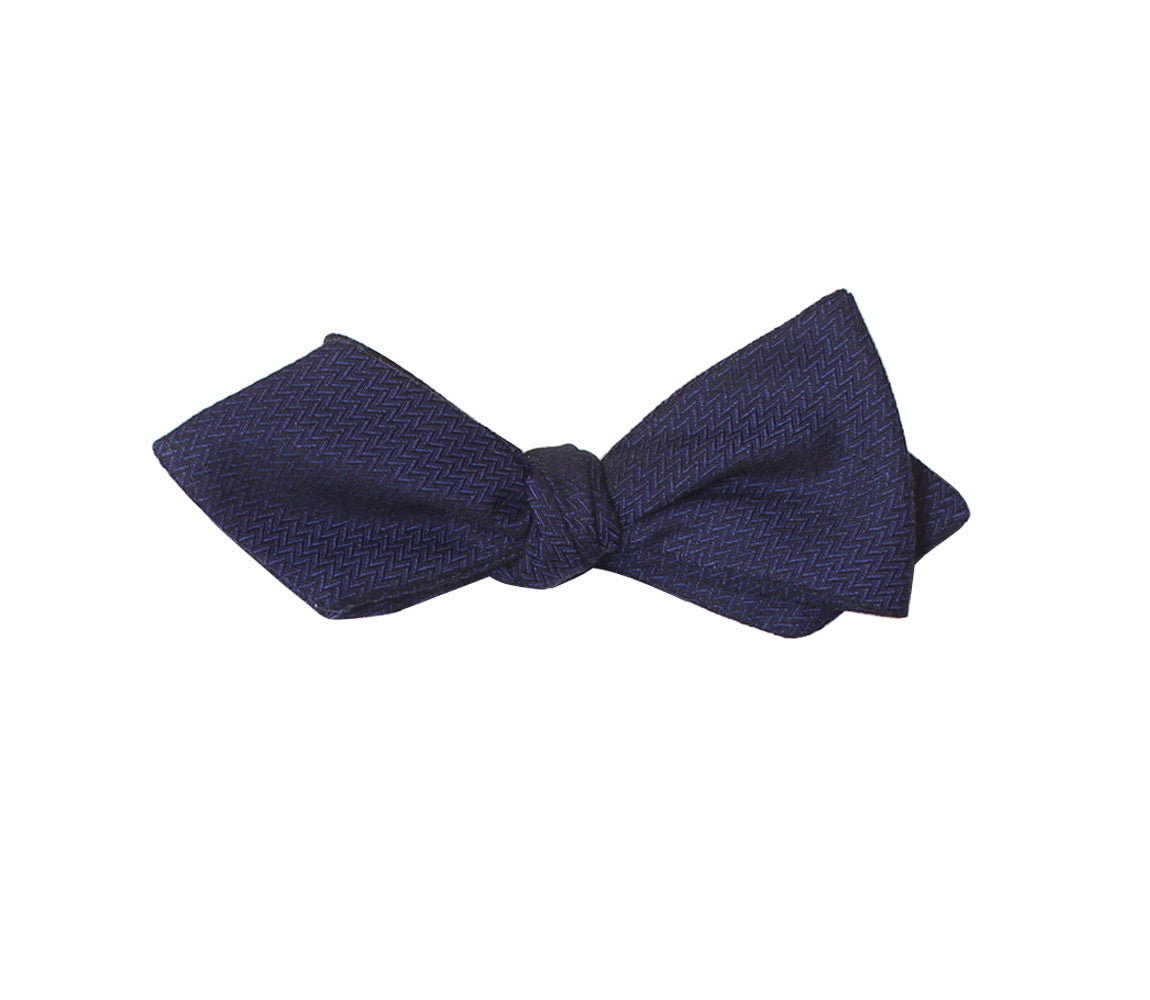 Navy Diamond Tip Bow Tie