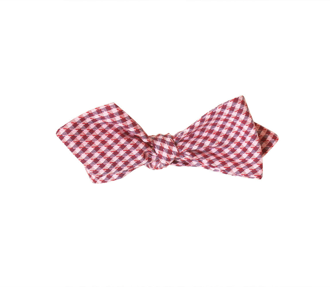 Red Gingham Diamond Tip Bow Tie