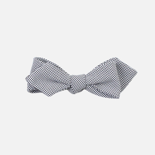Houndstooth Diamond Tip Bowtie