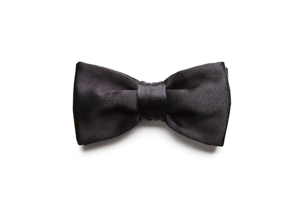 BEAU SATIN BLACK BOW TIE
