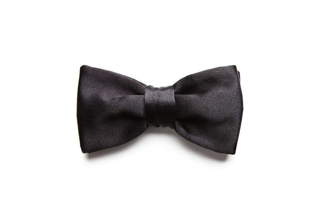 Black satin pre-knotted bow tie