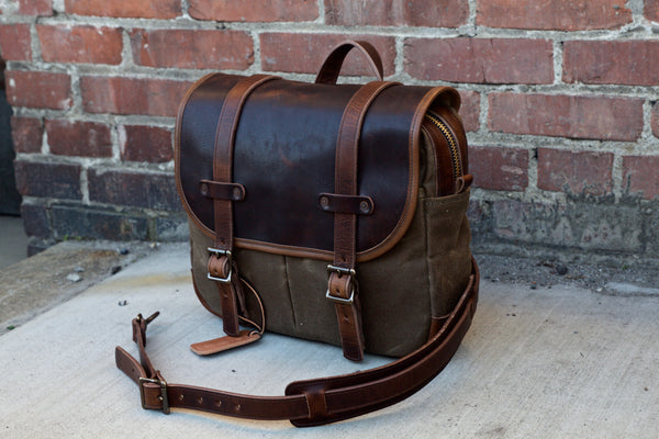 Brown Nut Dublin Leather/Ranger Tan Canvas Field Bag