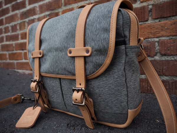 Field Bag in Olive Salt and Pepper/ Natural Essex Horween