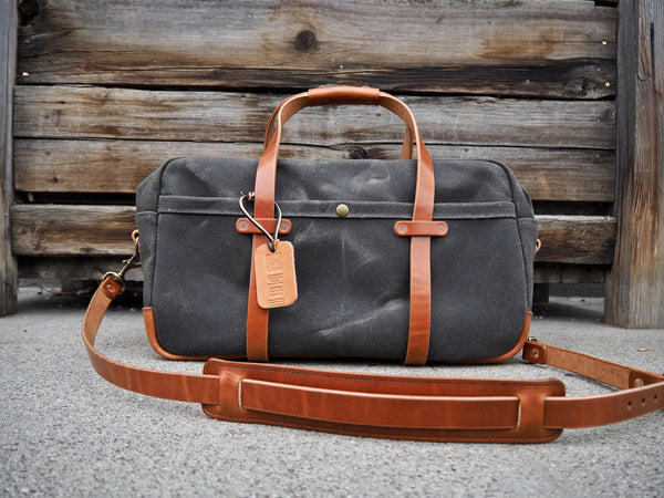 "20"" Weekender Duffle in Heavy Olive/ Buck Brown Harness"