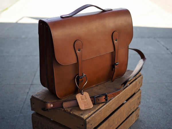 Traditional English Briefcase in Whiskey Tempesti