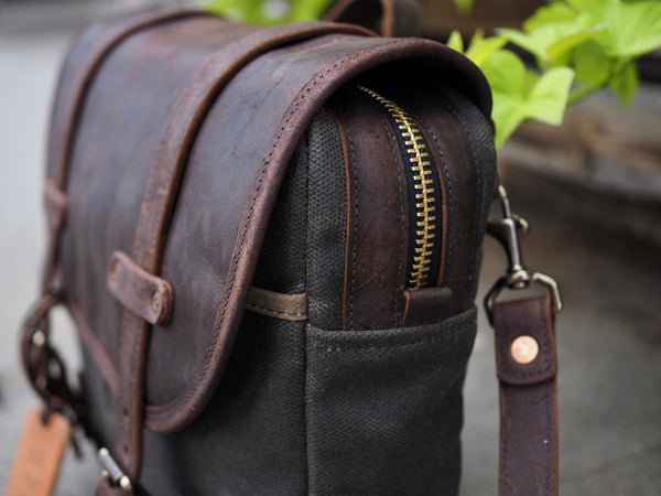 Field Bag in 37oz Heavy Olive/Snuff Mohawk Leather