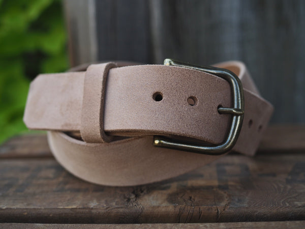 Rough Out Veg. Tan Horse Horse Hide Belt