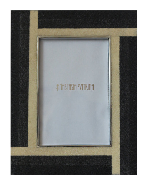Black & White Shagreen Frame