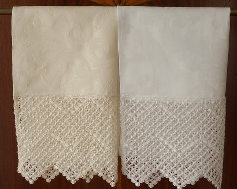 Delicate lace and high count Italian cotton damask are paired to create luxurious, generously sized guest towels.