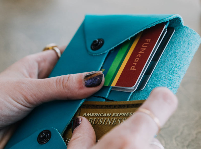Birds - Midi Travel Wallet