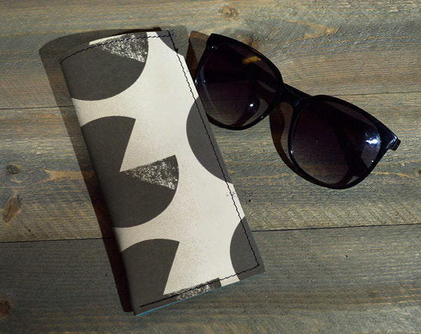 Pie Chart - Printed Leather Eyeglasses Case