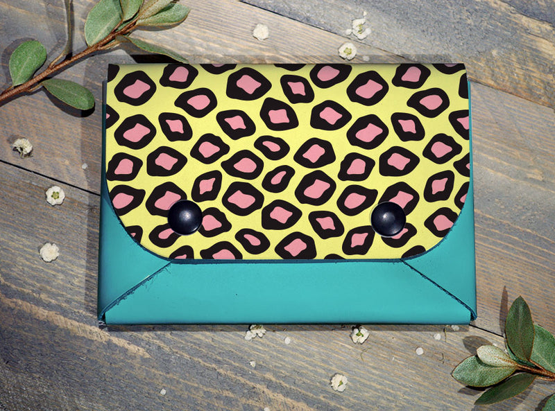 Leopard Print - Midi Travel Wallet
