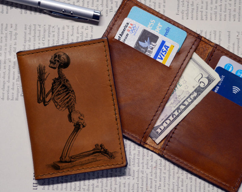 Praying Skeleton - Vert Bifold