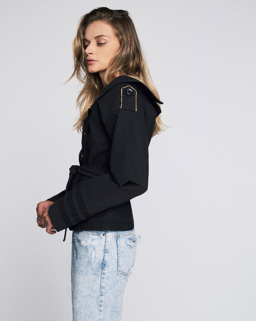 Noah Washed Twill Jacket in Black