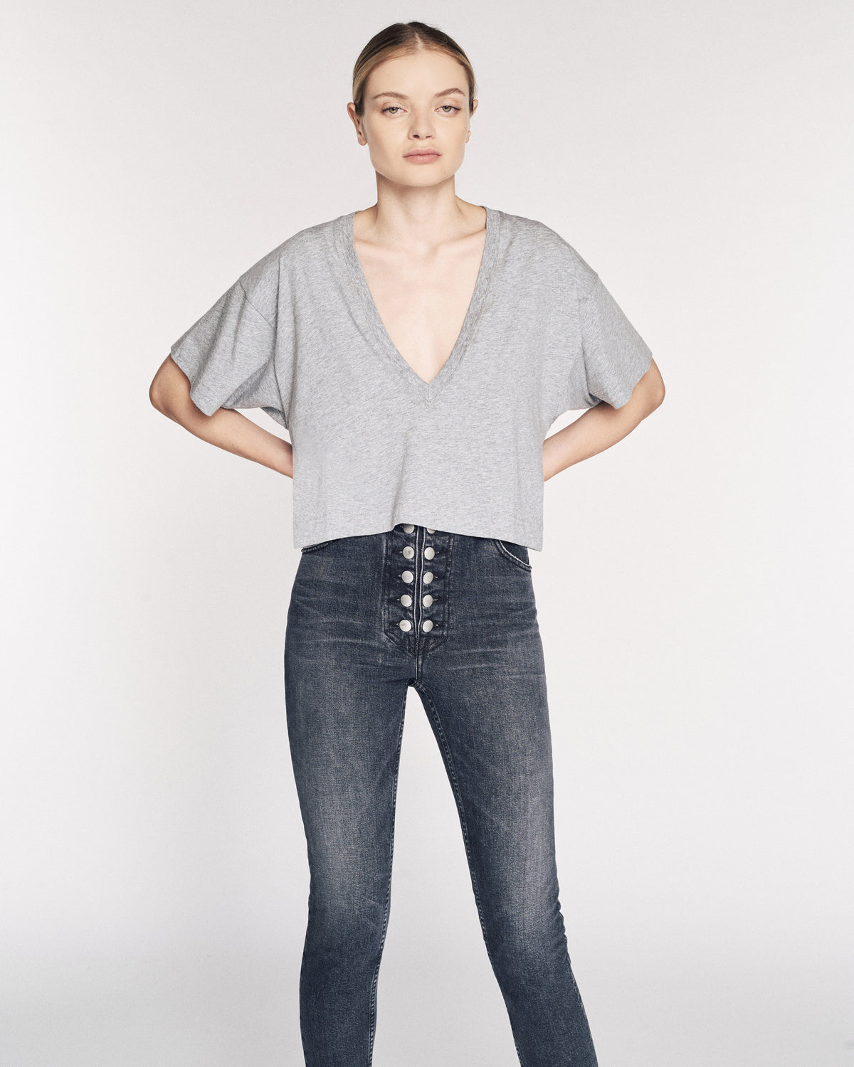 Can't Get Lower Cropped V neck in Heather Grey