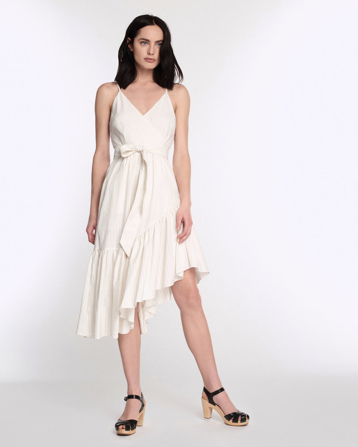 Kierra Linen Dress in Linen White Pinstripe