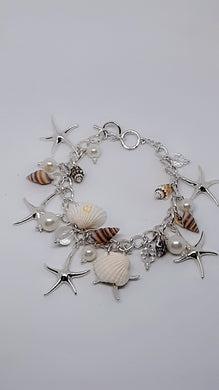 SHELLS, STARFISH AND PEARL LIKE SILVER-TONE CHAIN CHARM BRACELET