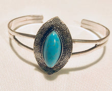 Load image into Gallery viewer, FREE SPIRIT TURQUOISE CUFF BRACELET