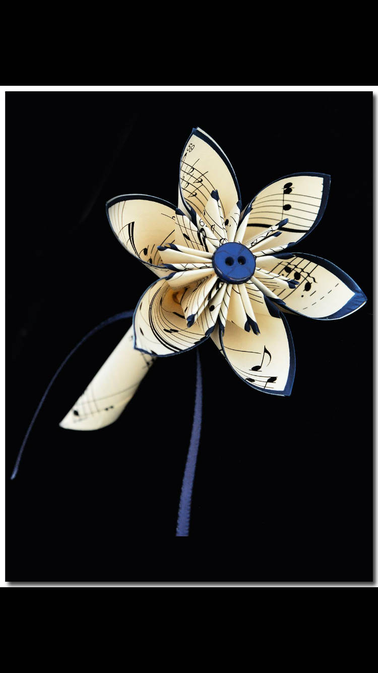 Handmade Single Flower Boutonniere- prom, groom, groomsman, best man, paper flower, pin, wedding accessory