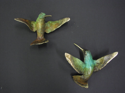 Hummingbird B – Wall Mounted