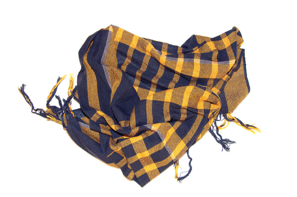 Power plaid scarf