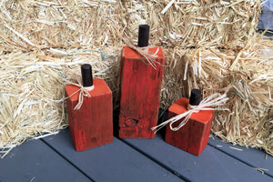 Reclaimed Barn Wood Pumpkin Display