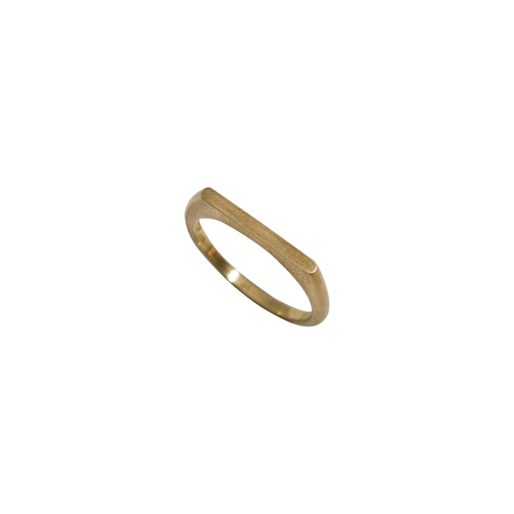 Harper Signet Ring Gold