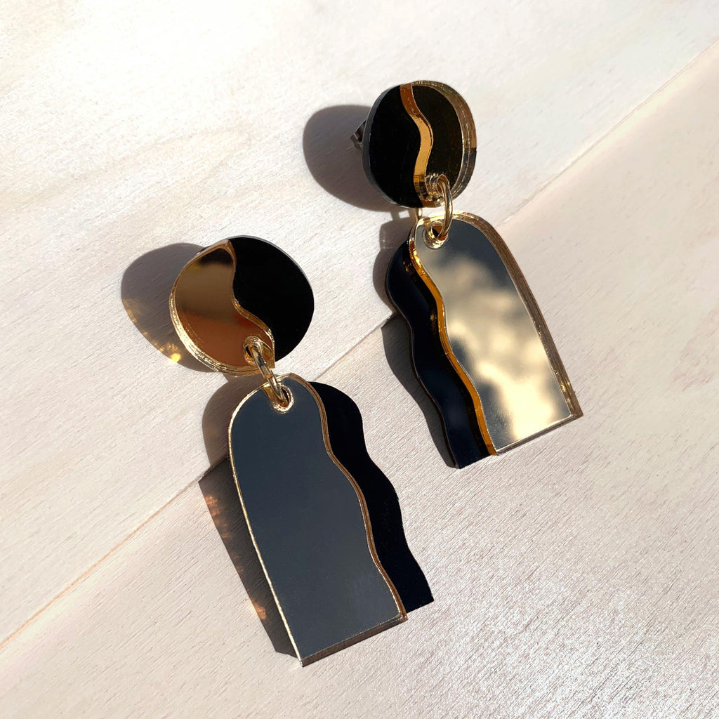 CELESTIA statement drop earrings - Mirror Gold & Black