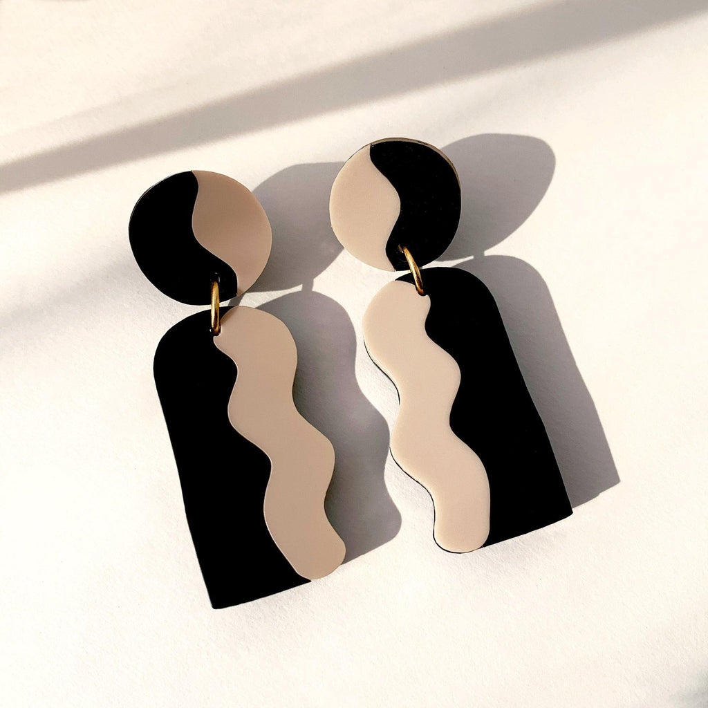 CALATA statement drop earrings - Matte Black & Nude