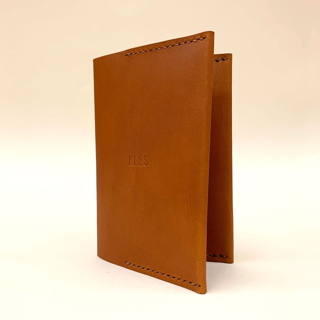 ORIN hand-stitched leather passport holder - Tan