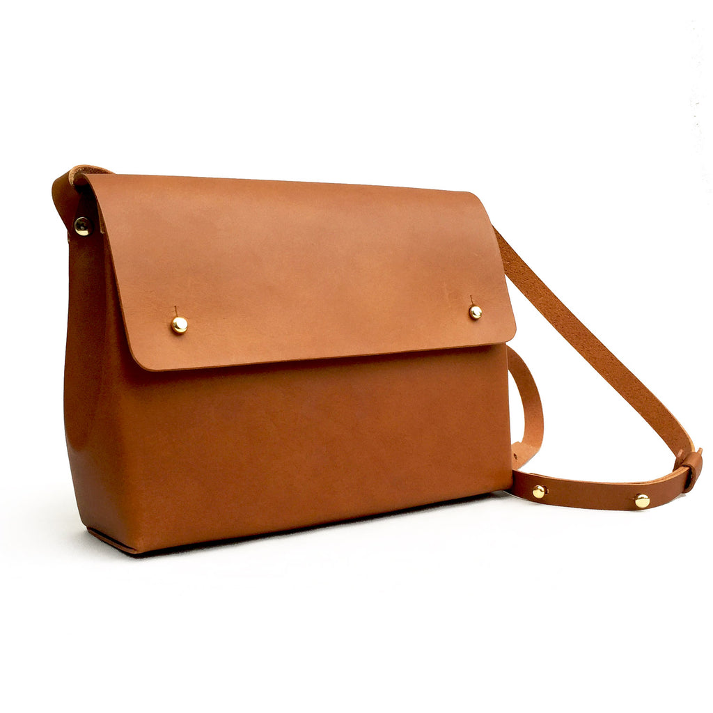 SCYLLA folded handmade leather shoulder bag - Tan
