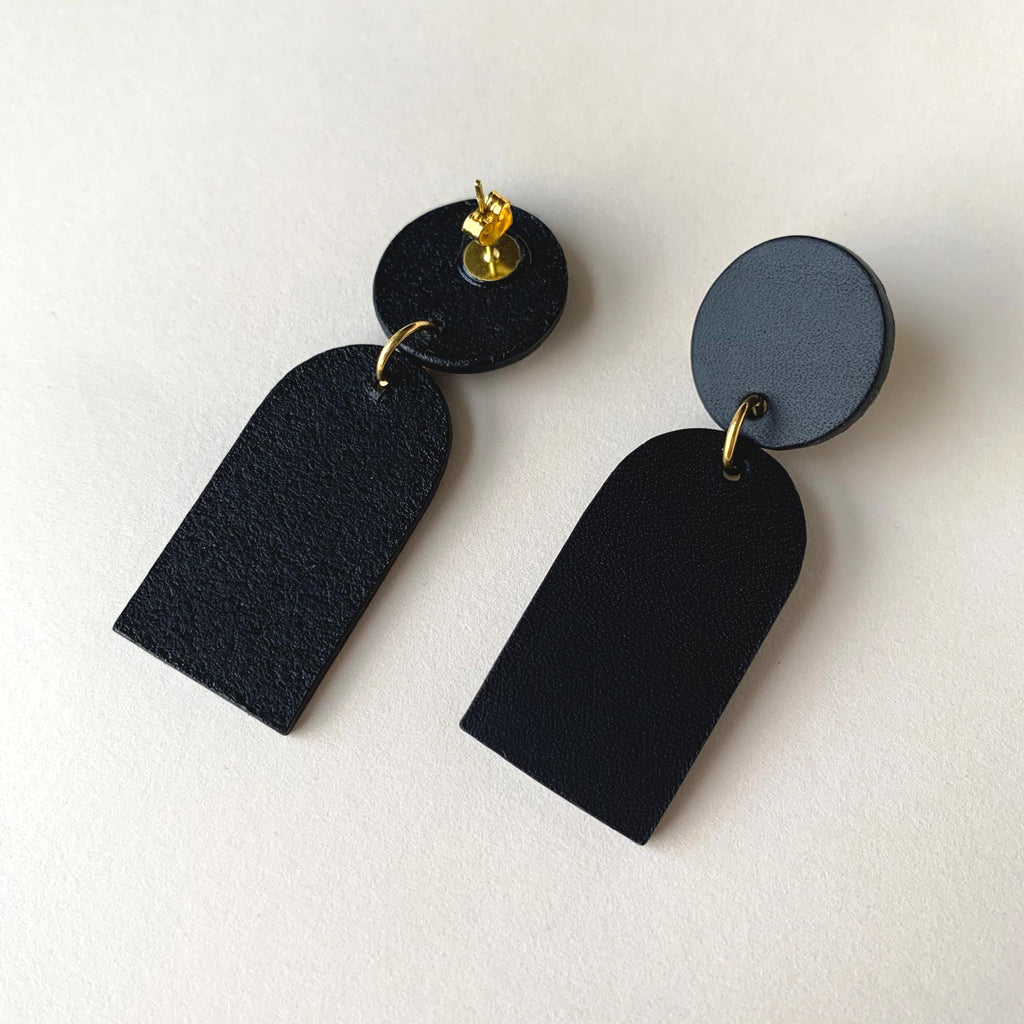 ORANE leather drop earrings - Matte Black
