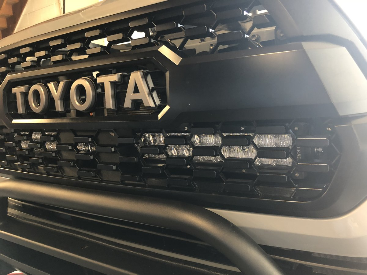 Cali Raised LED 2016-2020 Toyota Tacoma 32