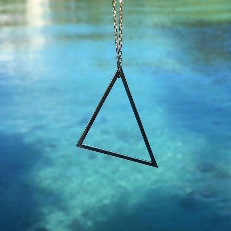 Airy Heights Bermuda Triangle Pendant