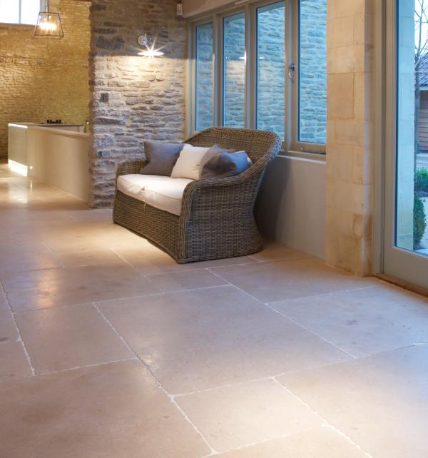 Neranjo Limestone Seasoned