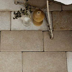 Neranjo Limestone Cobble Tumbled & Etched