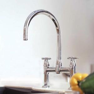 IO Two Sink Mixer with Crosshead Handles