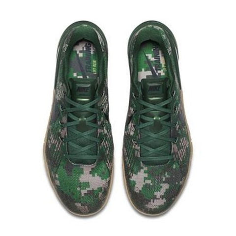 f479270b52585 Since Crossfitters like options, Nike has made a second Camo colorway to  suit the tastes of those looking for something a little different.