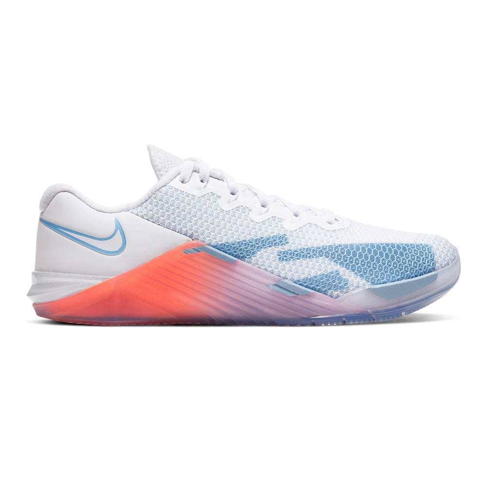 Women's Nike Metcon 5 Premium, women, nike, metcon, 5, premium, crossfit, gym, workout, training, shoe, new, color, style, imperfect, white, pink, psychic, blue, hyper, crimson