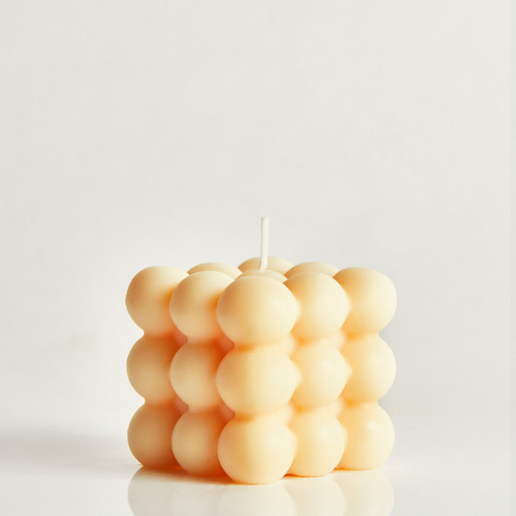 Mango Scented Bubble Candle