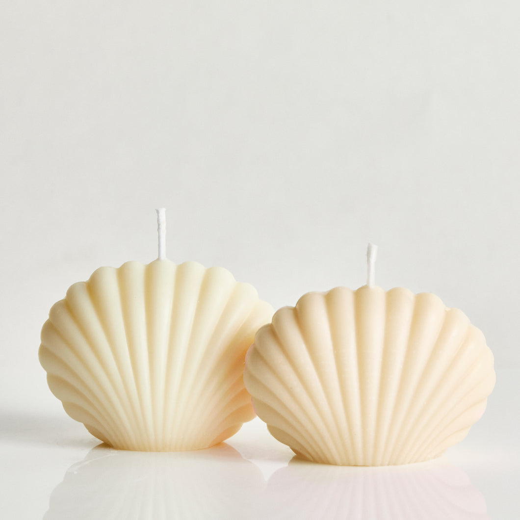 Bombshell White Set Of Two Scented Shell Candle