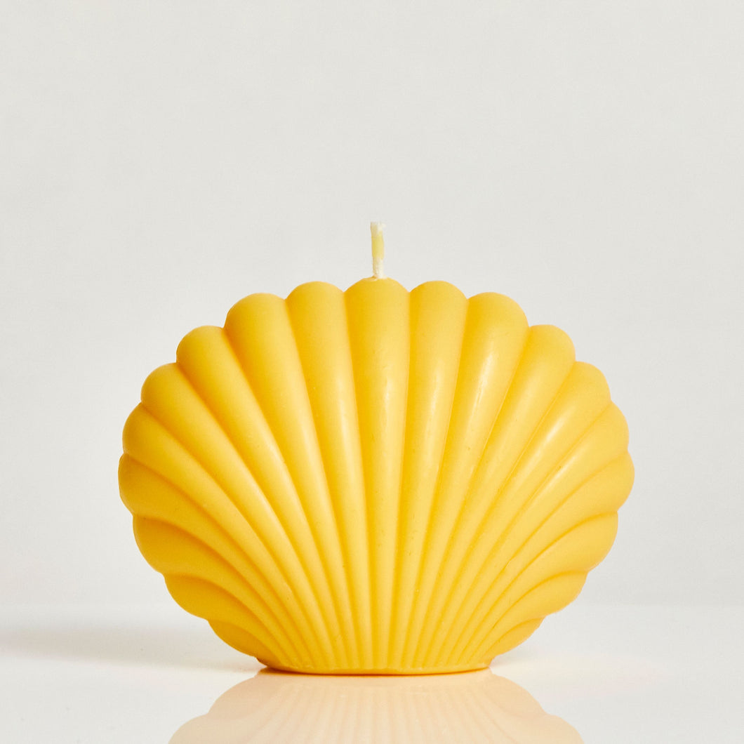 Ocean Large Orange Scented Shell Candle