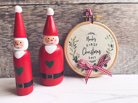 Personalised Baby's First Christmas 2017....Hoop Frame - Wall Art - Wall Decor - Gift
